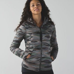 Lululemon Fluffin Awesome Down Jacket Camo Size 8
